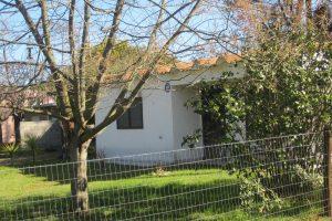 Casa en Santa Ana a dos cuadras de la playa Ref. Y 143