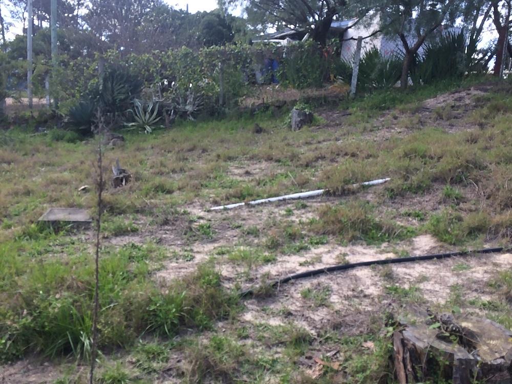 terreno con frente a dos calles Cuchilla Alta
