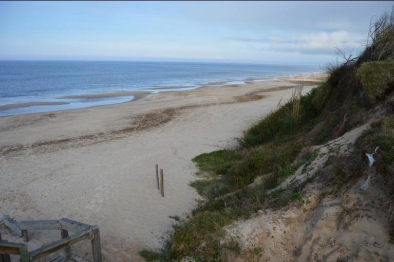 Terreno con Container 1 de playa Santa Ana
